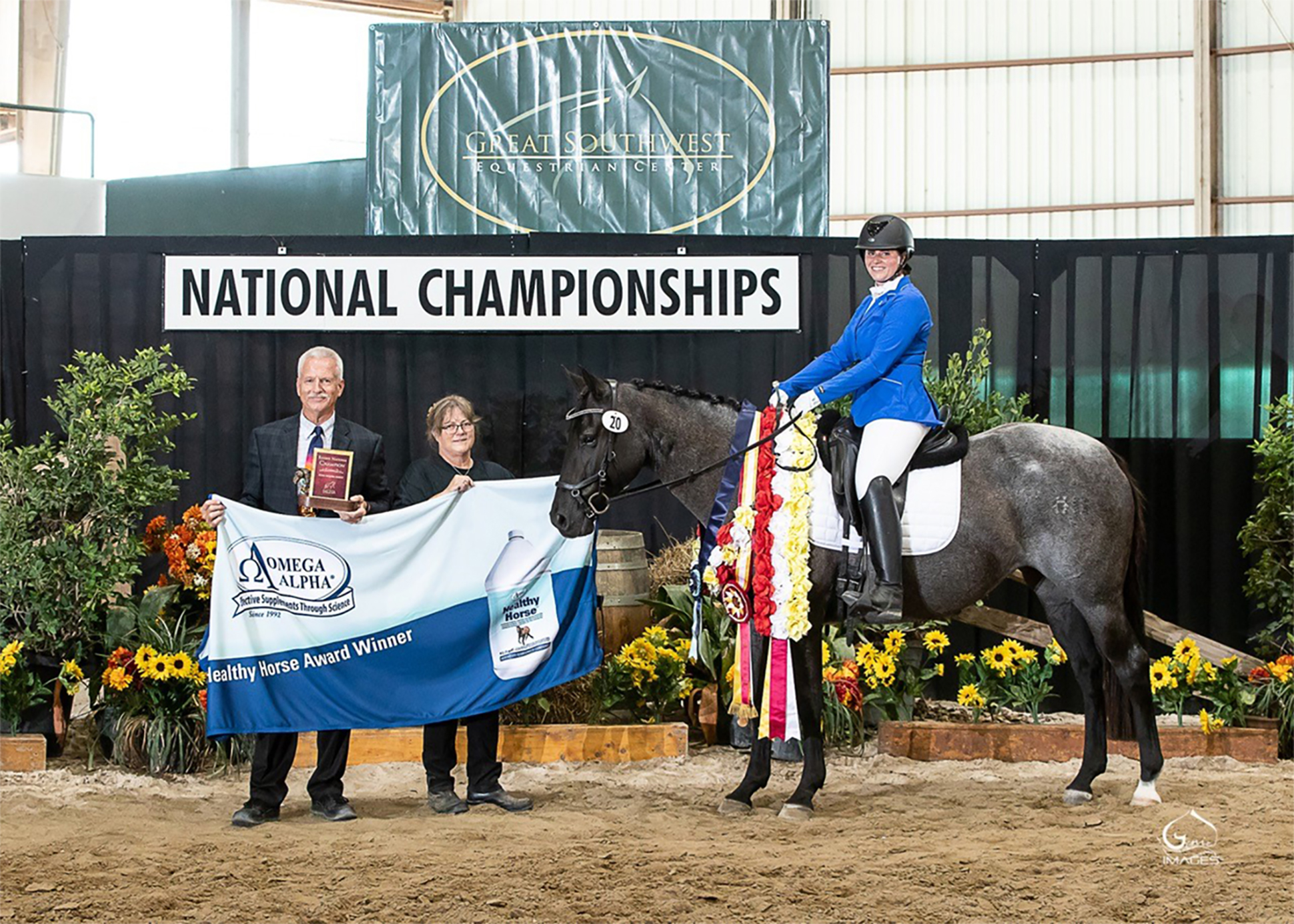 Natalie Lord-US-Magico's Blue Marquesa-Omega Alpha Healthy Horse Award-photo Genie Images_1000.jpg