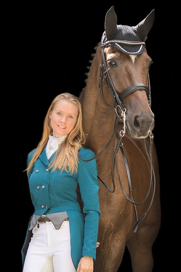 Faye Flynn - Saddle Fitter for Custom Saddlery