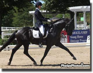 Caroline Roffman and San City wow the judges' panel in the Five-Year-Old Preliminary test