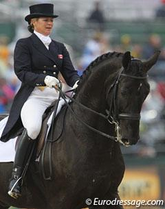 Victoria Winter and Cindy Ishoy's Proton at the 2010 World Equestrian Games (Photo: © Astrid Appels)