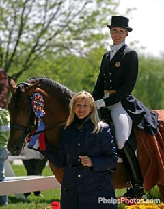 Courtney King Dye and Kimberly Van Kampen Boyer with Grandioso in 2009
