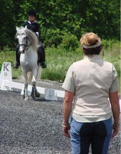 Ruth Poulsen teaching one of her Riding With Soul clinic. Credit: Pherd Photo