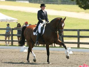 Kayce Redmond and Latino Qualified for the 2010 Brentina Cup