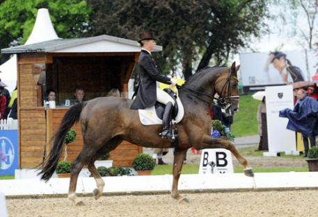 Victoria Max-Theurer was a sovereign winner aboard Blind Date