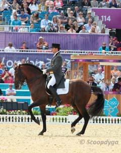 Daniel Martin Dockx and PRE stallion Grandioso III (Photo: Scoopdyga)
