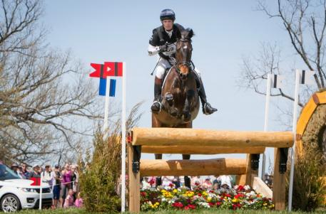 William Fox-Pitt (GBR) and Bay My Hero hold the overnight lead at the Rolex Kentucky Three Day Event, third leg of the FEI Classics™ 2013/2014, but have no margin for error over newcomer Lauren Kieffer (USA) and the Dutch warmblood mare Veronica in tomorrow's Jumping phase. (Anthony Trollope/FEI)