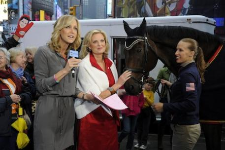 Lara Spencer, Ann Romney, Rebecca Hart, and horse Lord Ludger (Photo: (C)ABC/Ida Mae Astute)