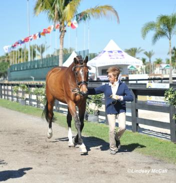 Trainer Roz Kinstler and Carino H Owned by Ellie Brimmer(USA) (Photo: (c) Lindsay McCall)