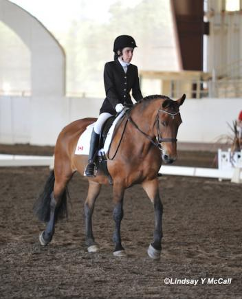 Robyn Andrews (CAN) and Fancianna