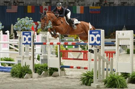 Abigail McArdle and Cosma 20. Photo © Shawn McMillen Photography.