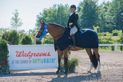 Kenya and Caitlyn Shiels topped the ,500 USHJA National Hunter Derby, sponsored by Walgreens