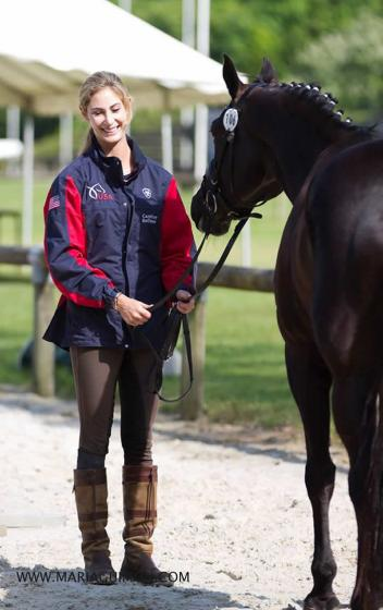 Caroline Roffman presents Her Highness O (Hohenstein x Weltmeyer), at the Compiegne CDI3* Photo: Maria Guimon