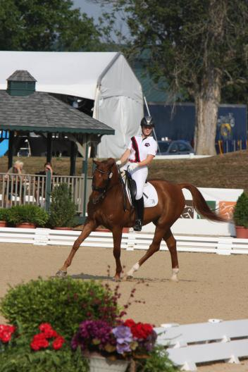 Cassandra Hummert competing at NAJYRC Photo: www.susanjstickle.com