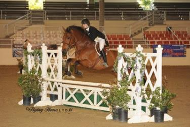 CeCe Manze earns another Top Junior Rider award in the $1,000 USHJA National Hunter Derby. Photo: Flying Horse Photography