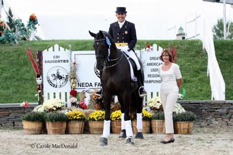 : Dr. Cesar Parra and Van the Man kicked off the fall season with a win in the Grand Prix CDI at the 2012 New England Dressage Festival Fall Festival. (Photo: Carole MacDonald)