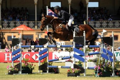 Christopher Burton made Adelaide history with the catch ride, TS Jamaimo, owned by Stephanie Pearce, when winning the HSBC CCI4*, second leg of the FEI Classics™ 2013/2014 series. (Julie Wilson/FEI)