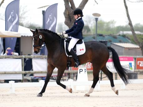 Roberta Sheffield guides Bindro T to a third place in Grade III Individual test.(c)pixels events