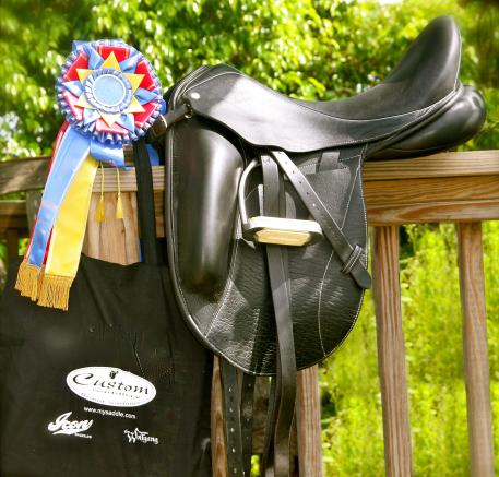 Custom Saddlery is pleased to announce it is the official saddle of one of the most important grassroots riding organizations in North America: the Intercollegiate Dressage Association.