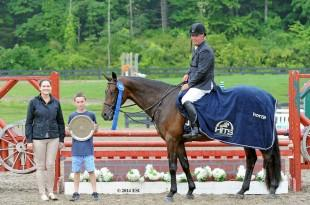 David Raposa and Jade accept top honors, including a Horze Equestrian cooler, after the $5,000 Devoucoux Hunter Prix at HITS Saugerties. ©ESI Photography