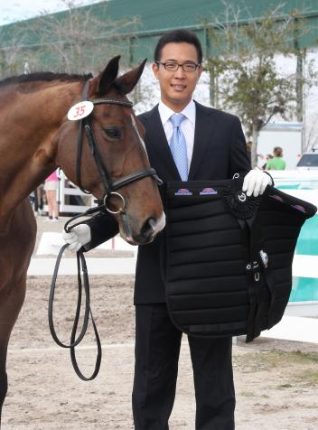 Korean Grand Prix rider Dong Seon Kim won the PanaCavallo Style Award at the Wellington Classic Sunshine Challenge CDI. Kim's third place in the Grand Prix Special, aboard Bukowski, was the highest placing a Korean has ever earned in an international competition.