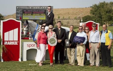 Eduardo Menezes and representatives from Markel Insurance and Blenheim EquiSports. Photo courtesy of McCool Photos.