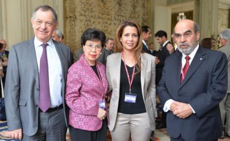Dr Bernard Vallat, OIE Director General (left), Dr Margaret Chan, Director-General of the World Health Organization (WHO) and (right) Mr José Graziano da Silva, Director-General of the Food and Agriculture Organization of the United Nations (FAO), are pictured with HRH Princess Haya, FEI and IHSC President at the opening of the 2014 World Assembly of OIE Delegates General Session in Paris (FRA). Photo: Richard Juilliart/FEI.