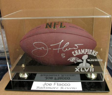 2013 Superbowl winning Quarterback and MVP Joe Flacco, Baltimore Ravens signed football in deluxe case!