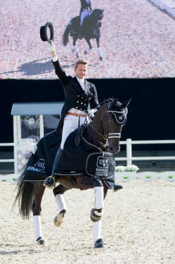 GLOCK rider Edward Gal (NED) on his GLOCK's Undercover (Photo: © Nini Schäbel)