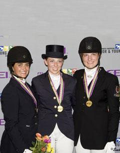 Gold Junior medalists from Team/BC - Esmee Ingham, Sylvie Fraser and Monica Houweling (Photo courtsey of SusanJStickle.com)
