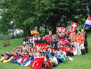 All riders and chef d'équipes together sharing a spot to express their gratitude to the organizers and The Linsenhoff Family for the wonderful EC Dressage Juniors and Young Riders 2010 in Kronberg