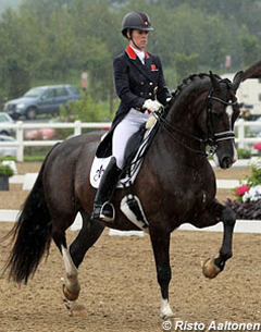 Charlotte Dujardin and Valegro sweep the boards at the 2012 CDI Hartpury (Photo: Risto Aaltonen)