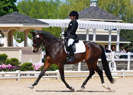 Holly qualifing for the 2010 WEG on Grand Ballerina at Lamplight, 2009. Credit: Tracy Emanuel.
