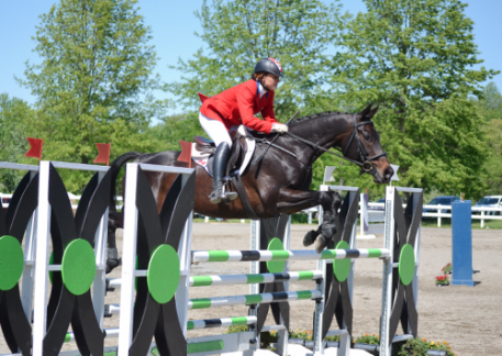 Jessica Phoenix and Exponential win the Jersey Fresh CCI3*.