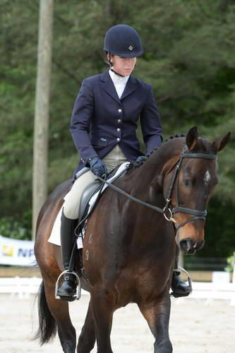 Coming in first place was Kaitlyn Mosing on her horse Powderhound with a score of 31.4.