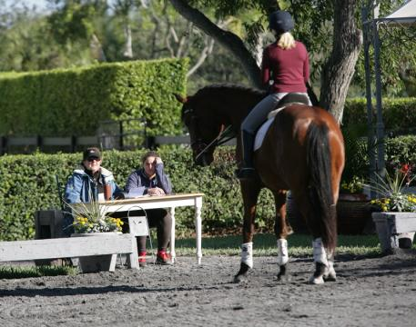 Lendon Gray coaching at the second Winter Intensive Training Program Photo: Betsy LaBelle