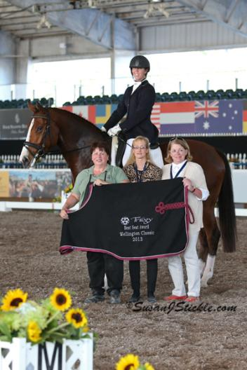 Lesley Eden wins the Trilogy Best Seat Award at the World Dressage Masters Photo: SusanJStickle.com