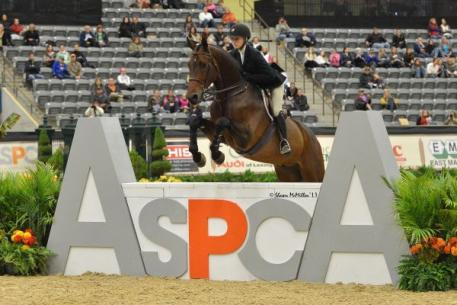 Lillie Keenan piloted Clearway to the 2013 ASPCA Alfred B. Maclay Finals Championship at the Alltech National Horse Show. Photos By: Shawn McMillen Photography and Rebecca Walton.