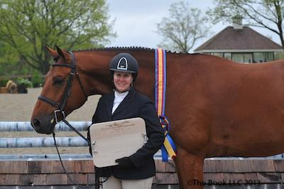 Louise Serio and Casino in their winning presentation © The Book LLC.
