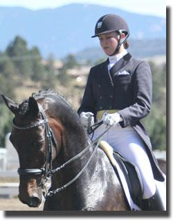 Adrienne Lyle and Peggy Thomas's Wizard to win in the Grand Prix Special with a 72.023% Credit: Dr. Mike Tomlinson
