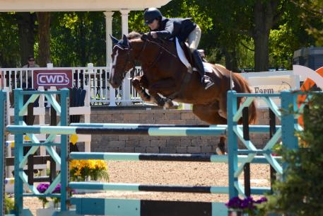 Maggie Jayne and Manneken du Cory won the 10,000 Open Welcome Stake with a speedy round.