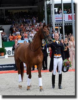 Exquis Nadine, the 16 year old mare ridden to great success by The Netherlands' Hans Peter Minderhoud, was retired on the final afternoon of the FEI European Dressage Championships 2011 in Rotterdam (NED) last Sunday. Photo: FEI/Peter Nixon.