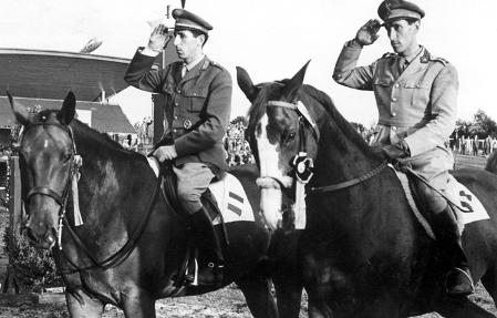 Piero (right) together with his brother Raimondo at the CHIO Aachen 1958.