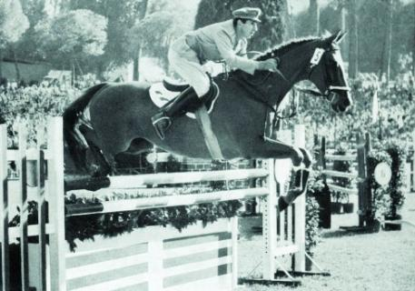 Raimondo d'Inzeo (ITA), who has passed away at the age of 88, is pictured here riding Posillipo on his way to individual Olympic gold in Rome 1960.