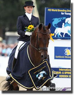 Senta Kirchhoff and Soulmate win the 6-year old consolation finals [Photo: © Astrid Appels]