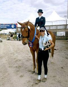 Geena Sturzebecher and trainer Chrissa Hoffman