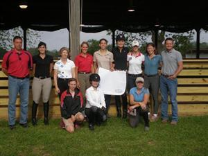 The training session group in Texas. (Photo: USEF Archives)