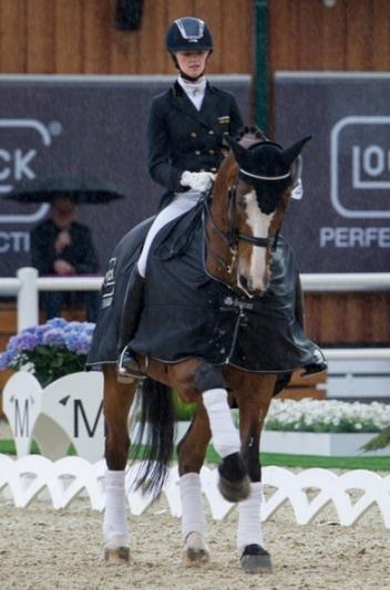 Young German rider Jill de Ridder and her 18-year-old Wellington (Photo: Nini Schäbel/GHPC)