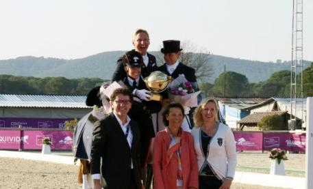 Freestyle podium with Valentina Truppa (2nd), Patrik Kittel (1st), Ulla Salzgeber (3rd), John van de Laar, WDM Managing Director, Isabelle Judet, president of the jury and Bernadette Brune, Director of Domaine Equestre des Grand Pins.