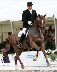 Willy Arts and Valeska DG at the 2008 World Young Horse Championships (Photo © Astrid Appels)