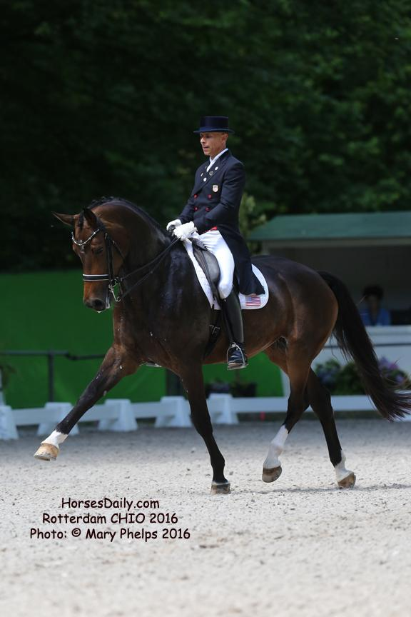 Steffen Peters and Rosamunde Photo: © Mary Phelps 2016